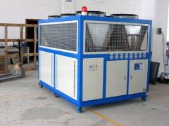 风冷箱型螺杆式冷水机
