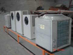 中央空调机组