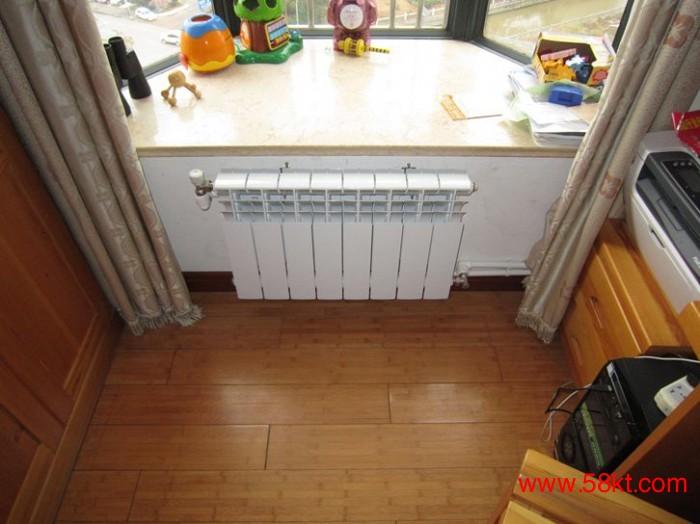 无锡家用采暖明装暖气片