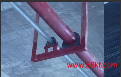中央空调木托