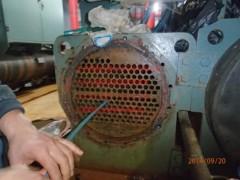 约克螺杆机组进水维修