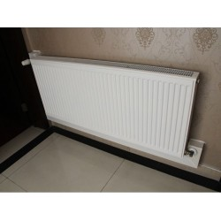 家庭采暖用钢制板式散热器 钢制板暖气片