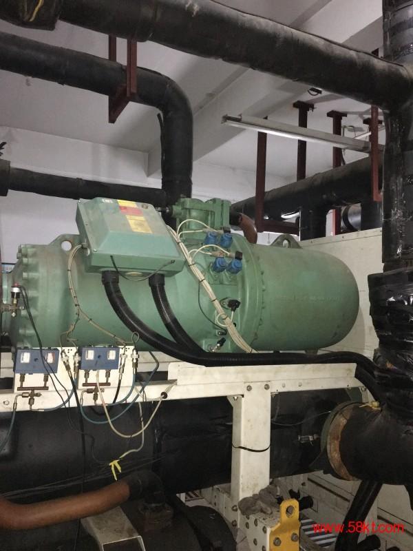 比泽尔压缩机常使用在克莱门特的机组当中。我们专业维修中央空调螺杆压缩机