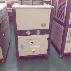 设备控温的冷水机, 控温精确,加快生产进度,降低能耗,节约能源